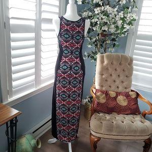 Aztec body framing maxi dress Size Small